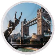 Tower Bridge, London, Uk Round Beach Towel