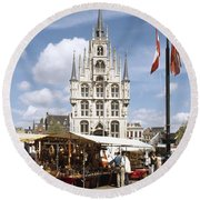 Town-hall And Marketplace Round Beach Towel