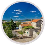 Town Of Betina Architecture And Coast Round Beach Towel