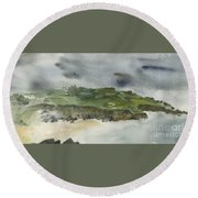 Town On Hill Round Beach Towel