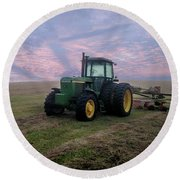 Tractor In A Field - Early Morning Round Beach Towel