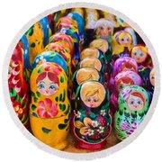 Traditional Russian Matrushka Nesting Puzzle Dolls Round Beach Towel