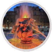 Trafalgar Square Fountain Round Beach Towel