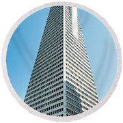 Transamerica Pyramid In San Francisco, California Round Beach Towel