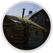 Trappers Cabin Clydesdale Barn Round Beach Towel