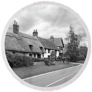 Travellers Delight - English Country Road Black And White Round Beach Towel