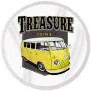 Treasure Hunt Bus Round Beach Towel