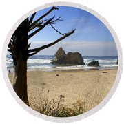 Tree And Ocean Round Beach Towel