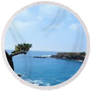 Tree On A Coastline Round Beach Towel