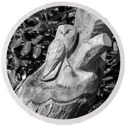 Tree Owl  Round Beach Towel