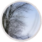 Tree-snow-fog Round Beach Towel