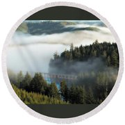 Trestle In Fog Round Beach Towel