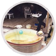 Tub 323 Round Beach Towel