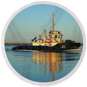 Tug Boat Reflections Round Beach Towel