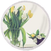 Tulip Art Round Beach Towel