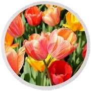 Tulip Crossing Round Beach Towel