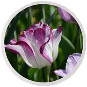 Tulip Splendor Round Beach Towel