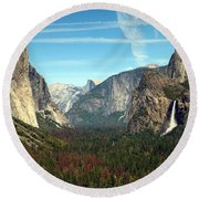 Tunnel View Yosemite Round Beach Towel