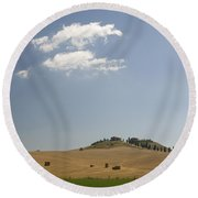 Tuscan Field And Cloud 4699 Round Beach Towel