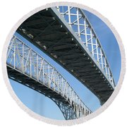 Twin Spans Round Beach Towel
