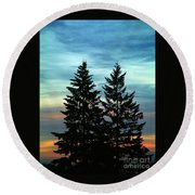Twin Trees Round Beach Towel