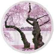 Twisted In Bloom Round Beach Towel