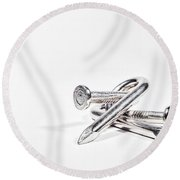 Twisted Nails Round Beach Towel