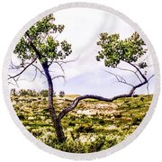 Two Branches Round Beach Towel
