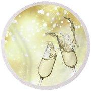 Toast Champagne Glasses Round Beach Towel