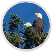 Two Eagles Round Beach Towel