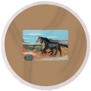 Two Mustangs Round Beach Towel