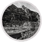 Two Peaks - Bw Round Beach Towel