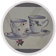 Two Pretty Teacups Round Beach Towel