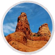 Two Sisters Formation Sedona Az Hbn2 Round Beach Towel