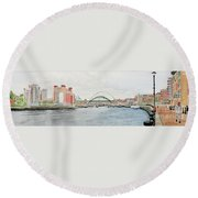 Tyne Bridges And Quayside Round Beach Towel