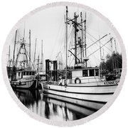 Ucluelet Harbour - Vancouver Island Bc Round Beach Towel