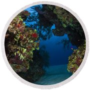 Underwater Crevice Through A Coral Round Beach Towel