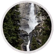Upper And Lower Yosemite Falls Round Beach Towel