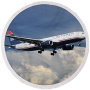 Us Airways A330-200 N280ay Round Beach Towel