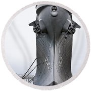 Uss Wisconsin - Head-on Round Beach Towel