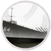 Uss Wisconsin - Port-side Round Beach Towel