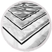 V Shape Palm Springs Round Beach Towel
