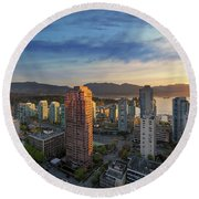 Vancouver Bc Cityscape At Sunset Round Beach Towel