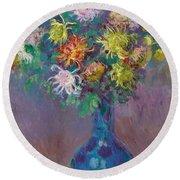 Vase Of Chrysanthemums Round Beach Towel