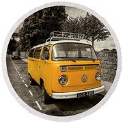 Vdub In Orange  Round Beach Towel