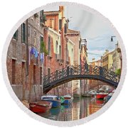 Venice Bridge Crossing 5 Round Beach Towel