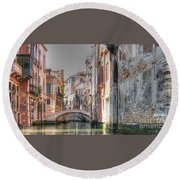 Venice Channelss Round Beach Towel