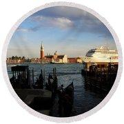 Venice Cruise Ship Round Beach Towel
