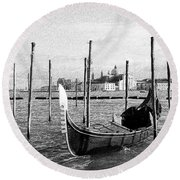 Venice. Gondola. Black And White. Round Beach Towel