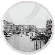 Venice Taxi Ride Round Beach Towel
